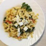 [Rezept] Pasta mit frischem Blattspinat, Feta und Kirschtomaten