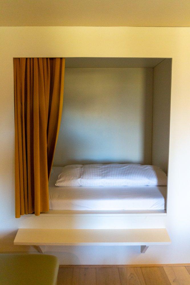 Zweites Bett