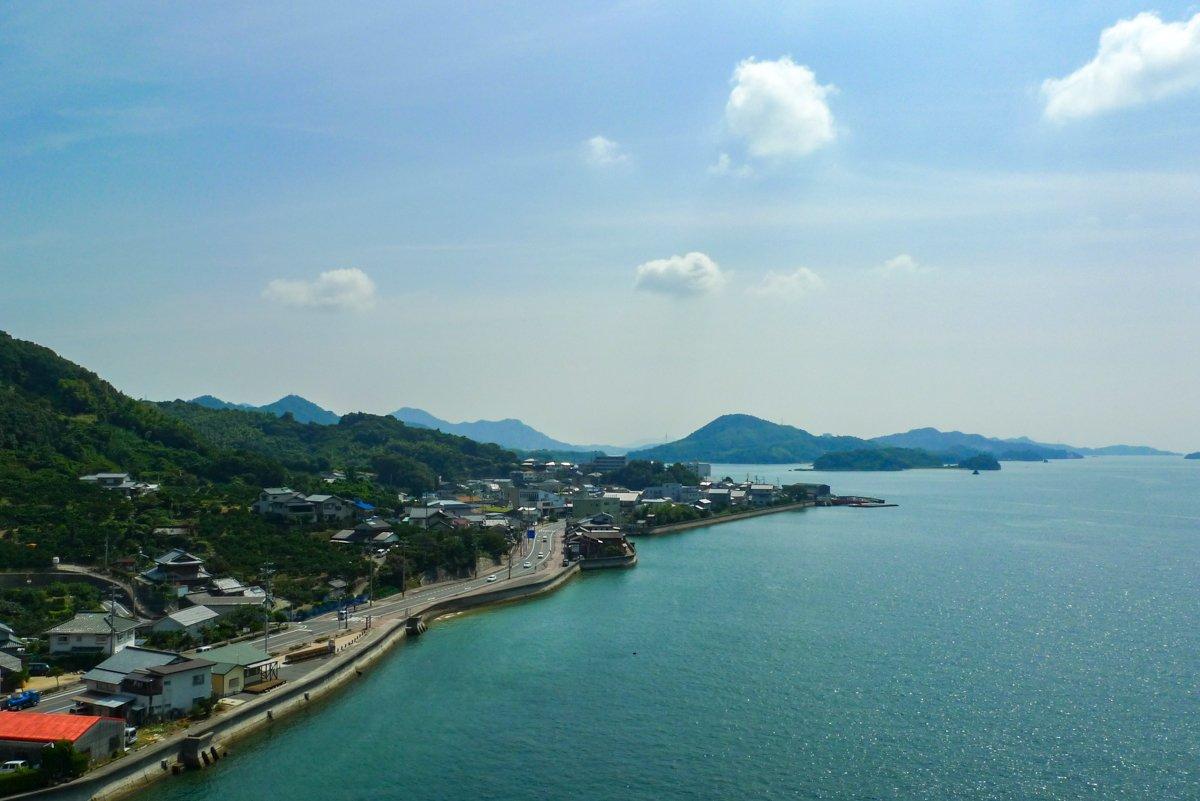 Die Aussichten von den Brücken sind bei dieser Fahrradtour in Japan wirklich toll.