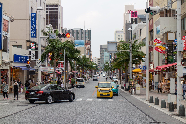 """Die """"internationale Straße"""" Nahas ist der Puls der Stadt. Hier gibt es die meisten Restaurants und Touristenläden."""
